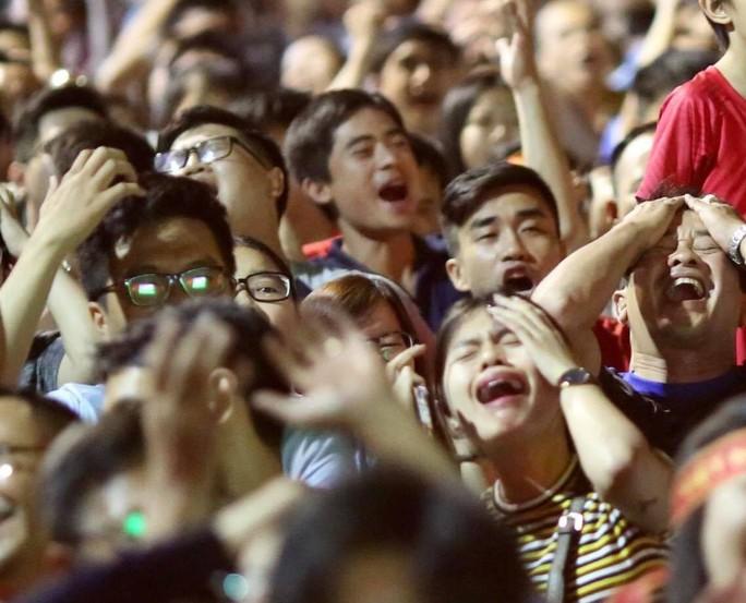 Dừng bước trước bán kết Asian Cup: Tiếc nuối, kỳ vọng tuyển Việt Nam - Ảnh 10.