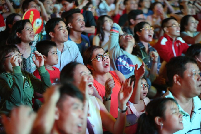 Dừng bước trước bán kết Asian Cup: Tiếc nuối, kỳ vọng tuyển Việt Nam - Ảnh 7.