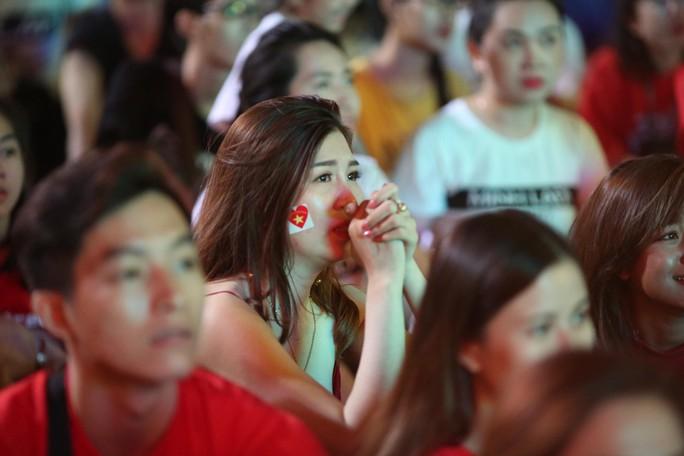 Dừng bước trước bán kết Asian Cup: Tiếc nuối, kỳ vọng tuyển Việt Nam - Ảnh 9.