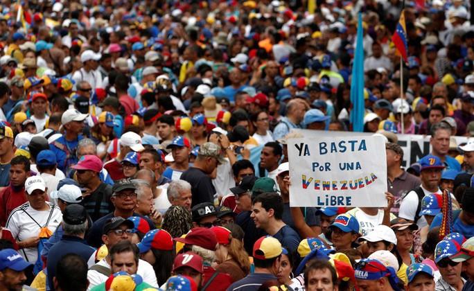 Venezuela cắt đứt quan hệ ngoại giao với Mỹ - Ảnh 4.