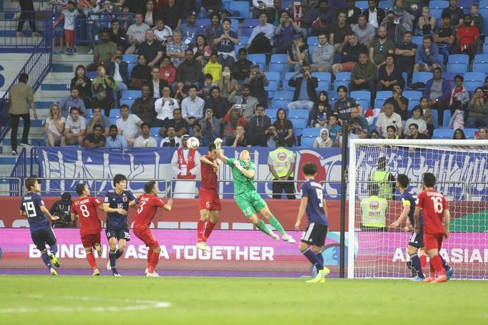 Clip Việt Nam - Nhật Bản 0-1: Chia tay trong thế ngẩng cao đầu - Ảnh 3.