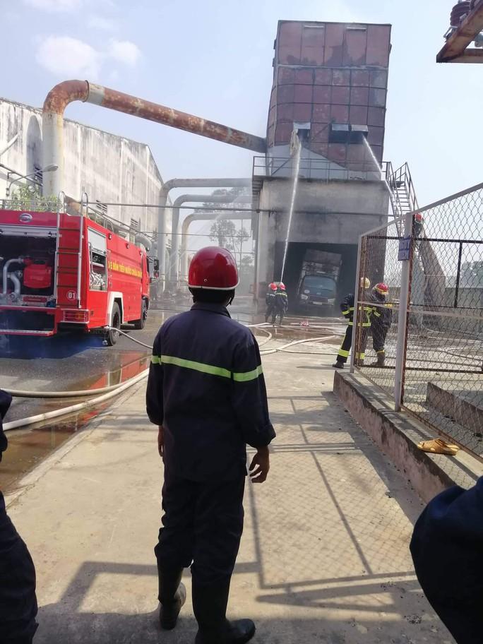 Cháy ở TP Thủ Dầu Một, 4 người thương vong - Ảnh 1.
