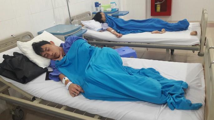 Đà Nẵng: Hơn 25 người nhập viện sau khi ăn bánh mì ở cùng một lò - Ảnh 1.