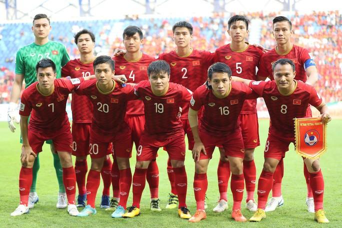 Báo chí quốc tế: Băn khoăn với VAR sau thất bại của tuyển Việt Nam - Ảnh 5.