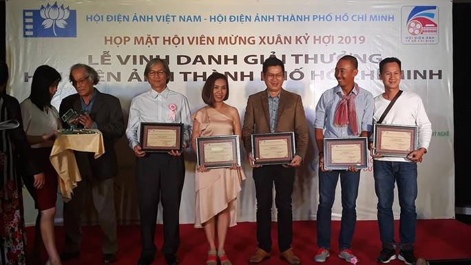 Song Lang lập hat-trick tại giải thưởng Hội Điện ảnh TP HCM - Ảnh 3.