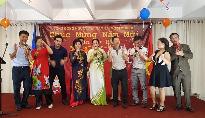 Người Việt tại Mozambique gặp gỡ mừng Xuân Kỷ Hợi - Ảnh 7.