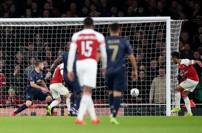 Quật ngã Arsenal, Man United thẳng tiến vòng 5 FA Cup - Ảnh 5.