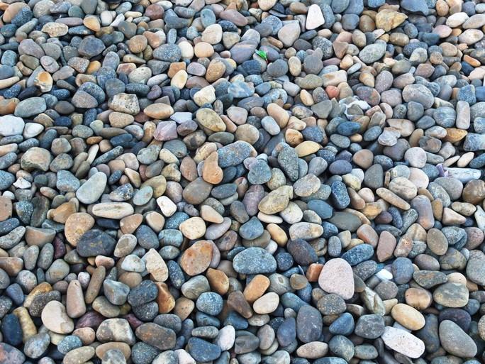 Chính quyền nói gì về việc bãi đá 7 màu nổi tiếng Bình Thuận bị xóa sổ? - Ảnh 3.