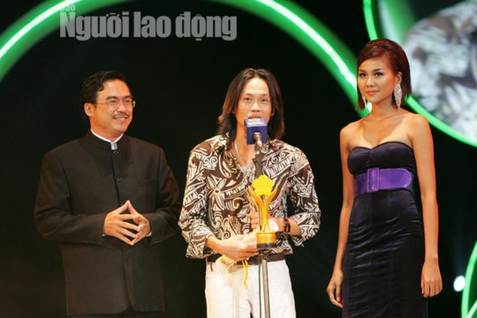 Danh hài Hoài Linh... làm thơ tặng bạn đọc Giải Mai Vàng, tri ân nghệ sĩ - Ảnh 6.