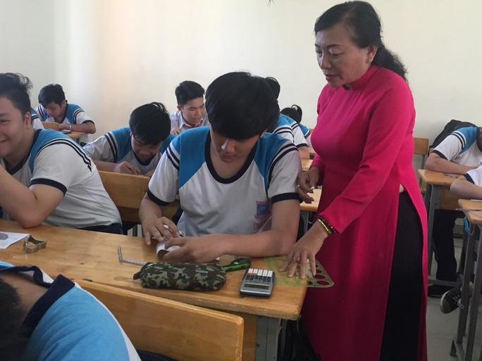 TP HCM: Thưởng tết giáo viên từ 1 đến 40 triệu đồng - Ảnh 2.