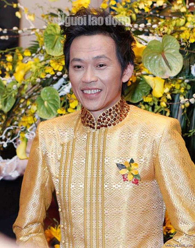 Danh hài Hoài Linh... làm thơ tặng bạn đọc Giải Mai Vàng, tri ân nghệ sĩ - Ảnh 2.