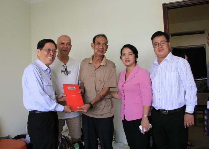 UBND TP HCM ra công văn khẩn xử lý chung cư nghiêng, lún tại đường Võ Văn Kiệt - Ảnh 1.