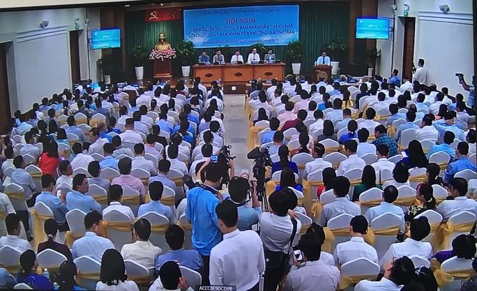 Chủ tịch UBND TP HCM gợi ý công an phường cần biết ngoại ngữ - Ảnh 1.