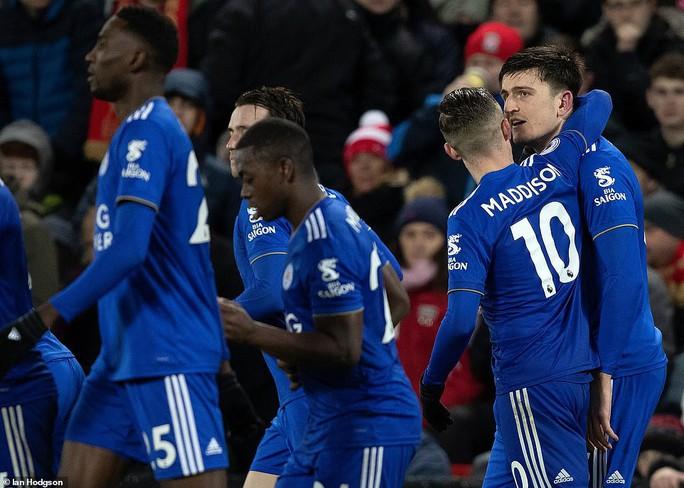 Thua kinh hoàng trước Bournemouth, Chelsea văng khỏi Top 4 - Ảnh 8.