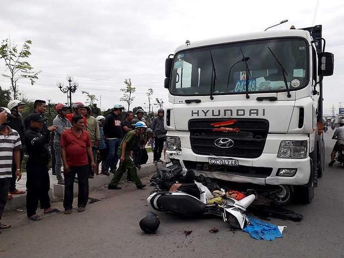 Cục CSGT nói gì về vụ tai nạn thảm khốc ở Long An? - Ảnh 1.