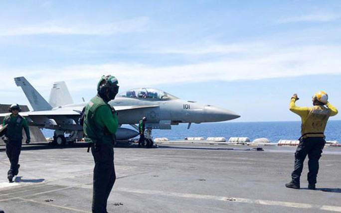 Vì sao tướng Trung Quốc có ý định đánh chìm tàu sân bay Mỹ? - Ảnh 1.