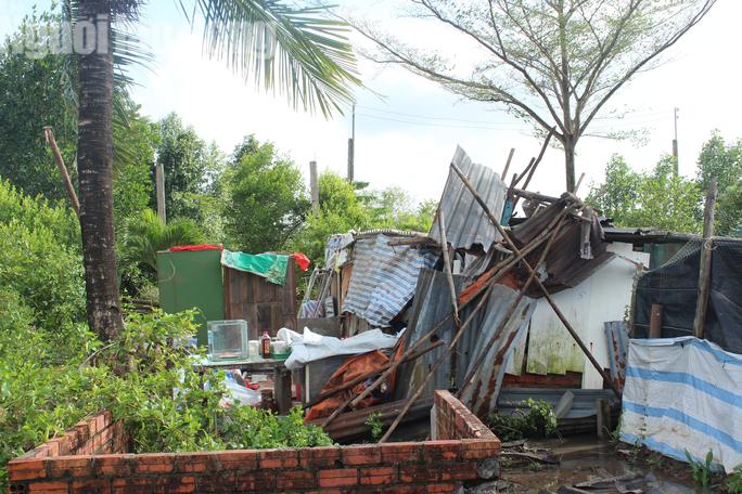 Dân Bạc Liêu kể lại giây phút kinh hoàng trận lốc xoáy cuốn phăng nhà cửa - Ảnh 3.