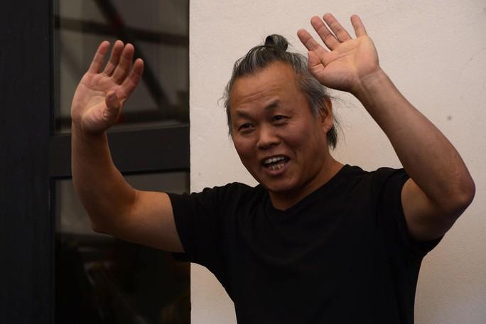 Đạo diễn Kim Ki Duk thua kiện người tố ông cưỡng hiếp - Ảnh 1.
