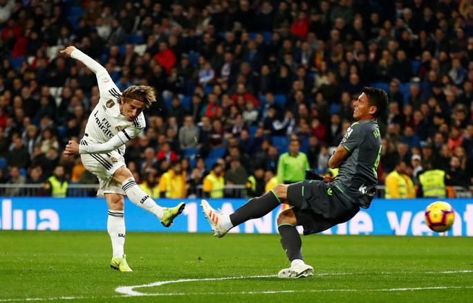 Modric: Nhiều cầu thủ Real Madrid đang sa sút tệ hại - Ảnh 3.