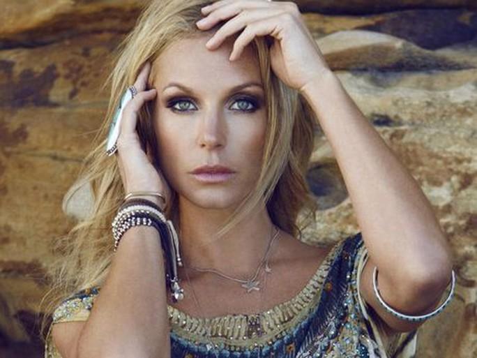 Người mẫu Úc chết bất ngờ tại nhà riêng - Ảnh 3.