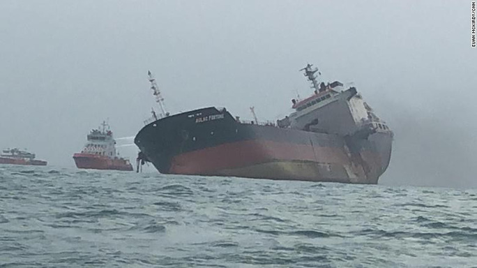 Tàu chở dầu treo cờ Việt Nam phát nổ sau khi rời Trung Quốc, ít nhất 1 người chết - Ảnh 3.