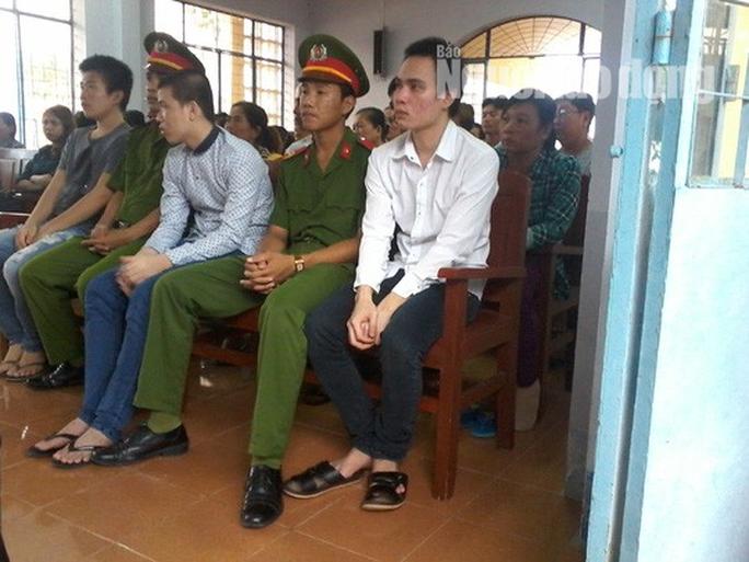 Lằng nhằng vụ oan sai chấn động Cà Mau: Bị giam gần 13 tháng, nhận 131 triệu đồng - Ảnh 1.