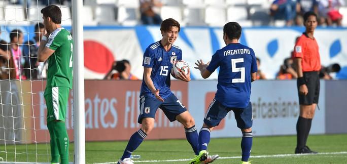 Ngược dòng thắng 3-2, Nhật Bản vất vả khởi đầu Asian Cup 2019 - Ảnh 4.