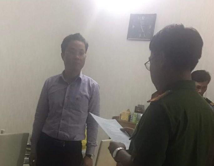 Đại diện Văn phòng Thừa phát lại quận 1 khẳng định không liên quan đến nhóm người bắt 3 cháu nhỏ - Ảnh 2.