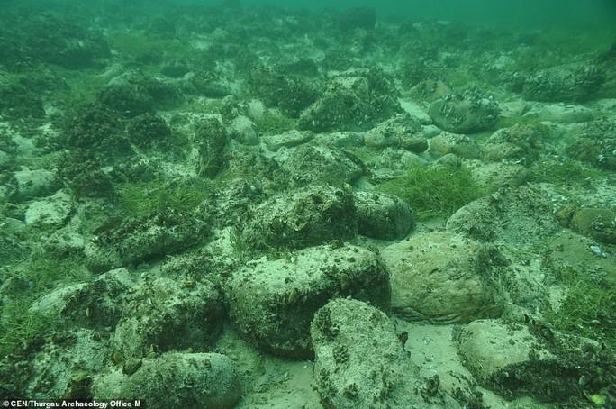 Bí ẩn đáy hồ Constance: thủy cung ma quái xây bởi… người đồ đá? - Ảnh 4.