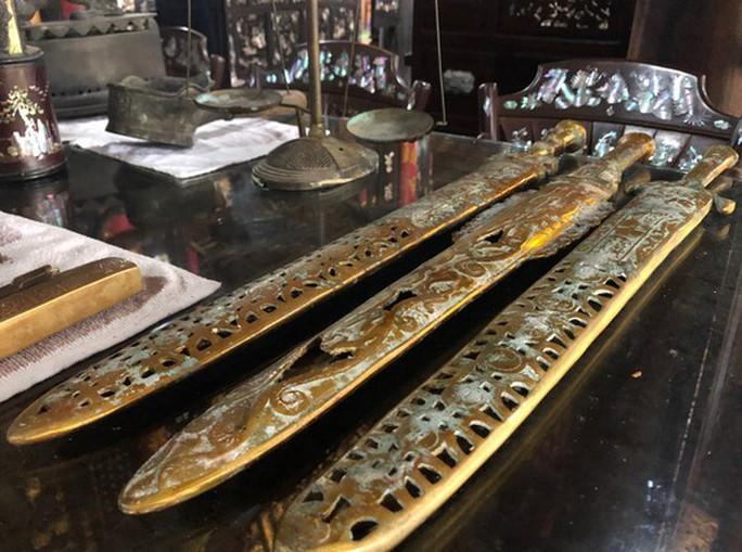 Choáng trước kho đồ cổ cất trong 1 ngôi nhà ở Lai Vung - Ảnh 22.