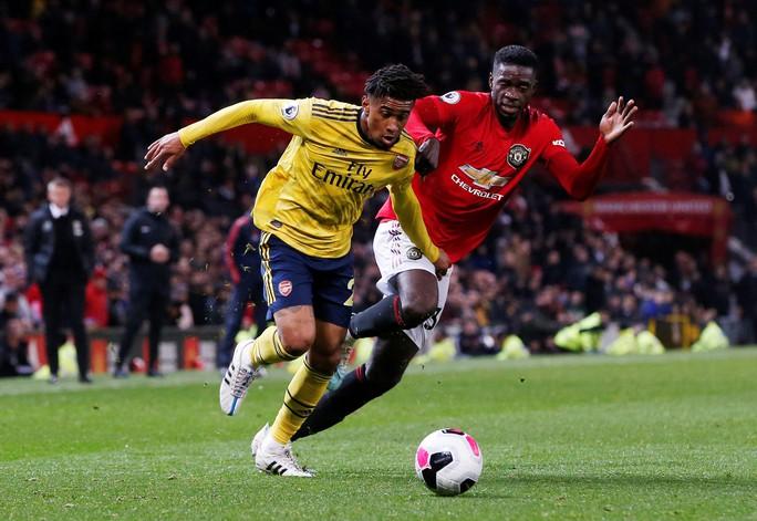 Man United rơi xuống vị trí thứ 10, ghế Solskjaer lung lay!  - Ảnh 3.