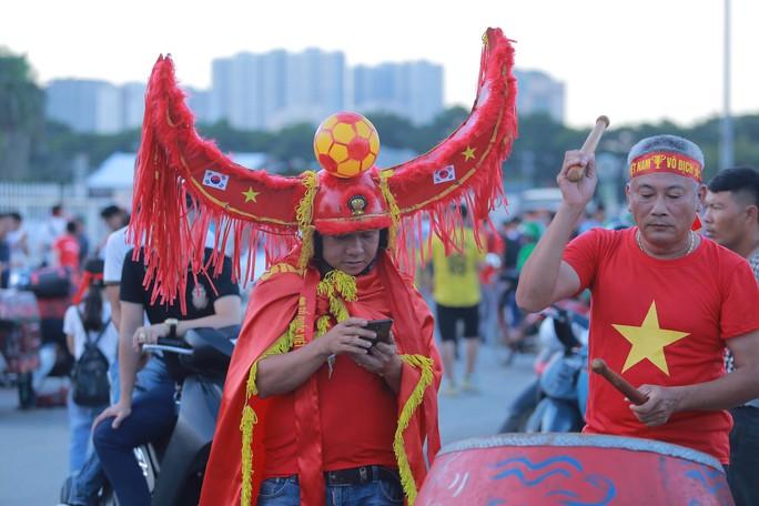 Việt Nam - Malaysia 1-0: Chiến thắng xứng đáng tại chảo lửa Mỹ Đình - Ảnh 18.