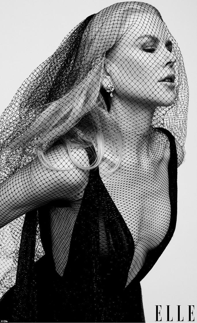 Minh tinh Gwyneth Paltrow bán khỏa thân trên tạp chí - Ảnh 5.