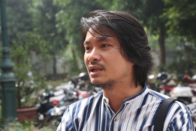Người đại diện bị ốm, Công ty Tuần Châu xin hoãn tòa xử vụ kiện đạo diễn Việt Tú - Ảnh 3.