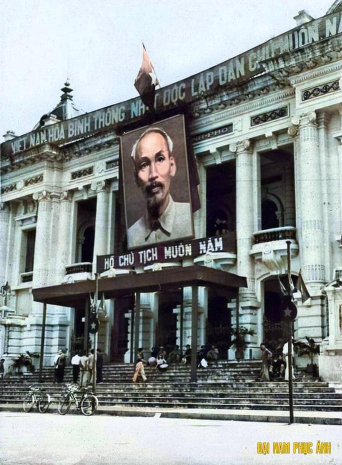 Ngắm những công trình gắn liền với lịch sử 65 năm ngày giải phóng Thủ đô - Ảnh 4.