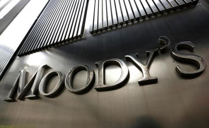 Bộ Tài chính lo ngại có hiểu lầm khi Moody's xem xét hạ mức xếp hạng tín nhiệm Việt Nam - Ảnh 1.