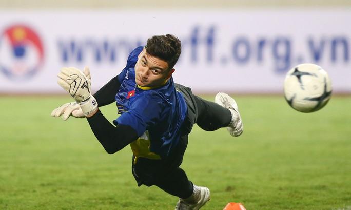 Các chuyên gia nhận định thận trọng trước trận Việt Nam - Malaysia - Ảnh 2.