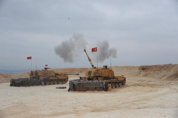 Thổ Nhĩ Kỳ triển khai bộ binh vào Syria, ông Trump lại dọa phá hủy - Ảnh 3.