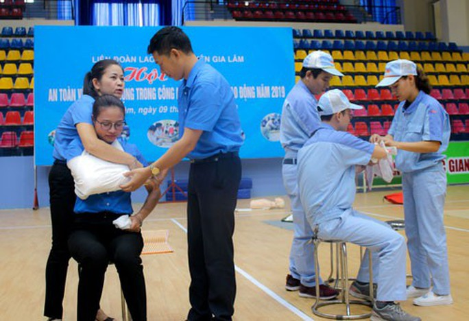 Hà Nội: Nâng cao kiến thức an toàn lao động cho công nhân - Ảnh 1.