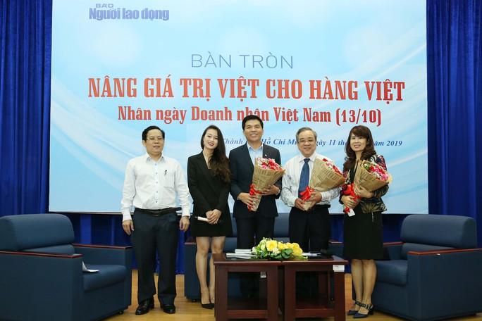 Doanh nhân Việt phải đứng được trên đôi chân của mình - Ảnh 1.