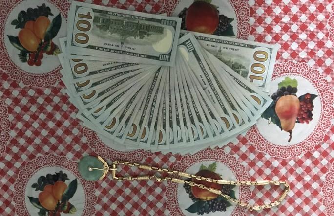 Người giúp việc trộm của chủ nhà hơn 300 triệu đồng do mê cờ bạc - Ảnh 3.