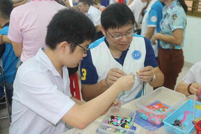Pou Yuen chia sẻ yêu thương - Ảnh 2.