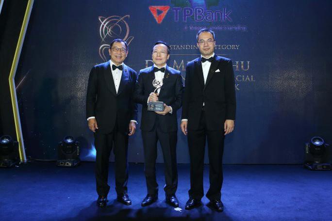 Chủ tịch TPBank được vinh danh là Doanh nhân xuất sắc châu Á - Ảnh 1.
