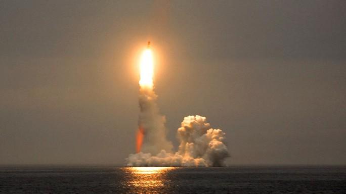 Ông Putin: Nga có vũ khí xuyên thủng được tất cả hệ thống phòng không - Ảnh 1.