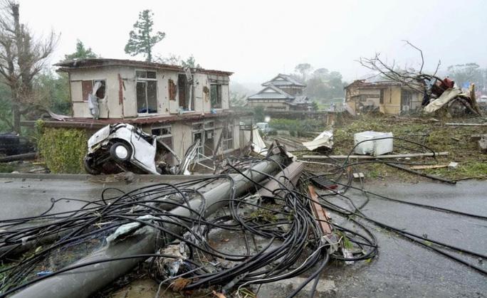 Nhật Bản ngụp lặn trong biển lũ do bão Hagibis - Ảnh 8.