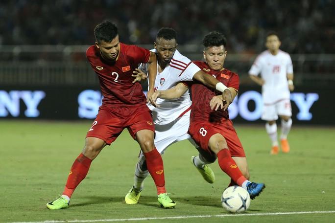 Hà Đức Chinh tỏa sáng, giúp U22 Việt Nam hòa U22 UAE - Ảnh 2.