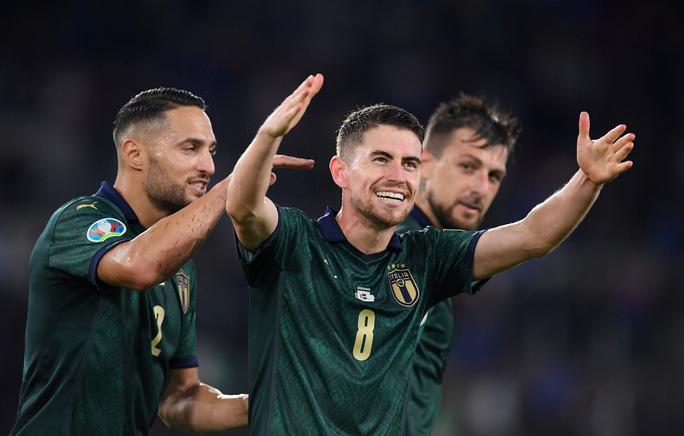 Sao Chelsea lập công đưa tuyển Ý đến thẳng Euro 2020 - Ảnh 5.