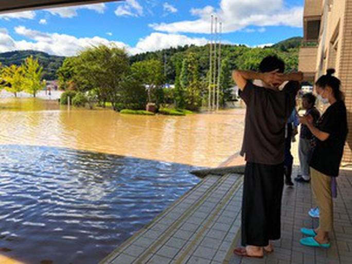 """""""Nước lũ ở Nhật Bản rất sạch""""  - Ảnh 4."""