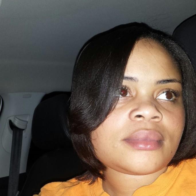 Mỹ: Cảnh sát bắn chết người phụ nữ da màu ngay tại nhà - Ảnh 1.