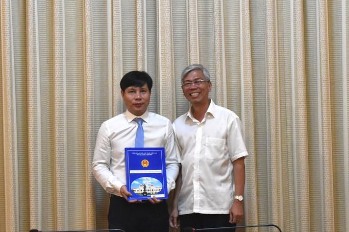 UBND TP HCM bổ nhiệm 2 lãnh đạo cấp sở - Ảnh 2.